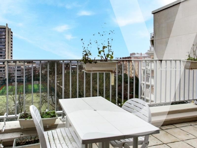 Appartement 3 pièces avec terrasse dernier étage Puteaux
